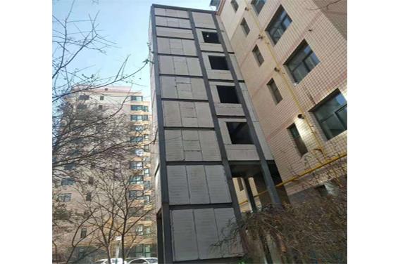 旧楼改造电梯井安装工程施工完成