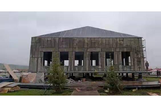 玛曲阿万仓湿地公园国家演绎大厅建设施工